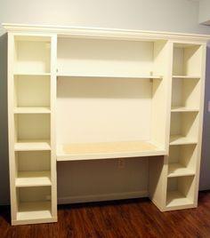 Immaginiamo che non avreste maipensato che si potessero ottenere tutte queste soluzioni da un semplice scaffale IKEA. Ebbene guardate un po' con questo e