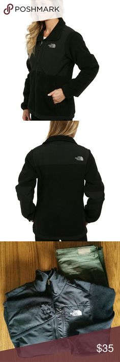 Women's Small North Face Denali jacket Black North Face. Size small. Could fit extra small also for a good layering jacket:) The North Face Jackets & Coats