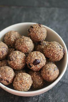 Quinoa and Peanut Butter Protein Bites