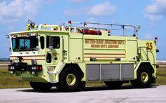 Miami-Dade Fire Rescue<br /> Opa-Locka Executive Airport<br /> Foam 25, X-Foam 2<br /> 1991 Oshkosh 1500/1500/210F/450PK<br /> Photo by: Alex M. Poitevien Jr.