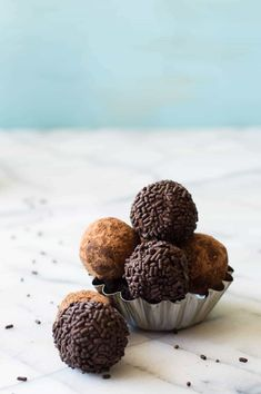 Enjoy the taste of chocolate and bourbon together in these creamy, smooth chocolate bourbon truffles!