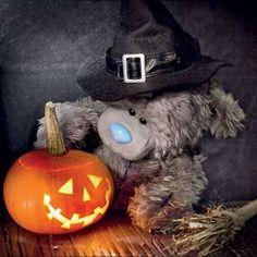 Tatty Teddy jack-o-lantern Tatty Teddy, Teddy Bear Hug, Teddy Bear Cartoon, Bear Hugs, Halloween Rocks, Halloween Prints, Halloween Pictures, Vintage Halloween, Happy Halloween
