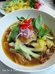 Just Try & Taste: Penang Asam Laksa Laksa Recipe, Malaysian Food, Fish Recipes, Noodles, Chili, Menu, Soup, Dishes, Macaroni