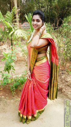 Beautiful Girl Photo, Beautiful Girl Indian, Most Beautiful Indian Actress, Beautiful Saree, Beautiful Women, Indian Bridal Photos, Indian Bridal Fashion, South Indian Actress Hot, Indian Actress Hot Pics