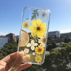 Handmade phone case/ pressed flower phone case/ pressed fruit phone case/ dried flower phone case/ iphone cases/ Samsung cases/ Galaxy cases Really love this, from the Etsy shop BackyardAus.