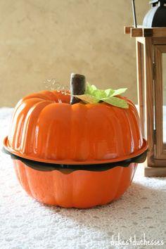 so cute! pumpkin made from two bundt pans