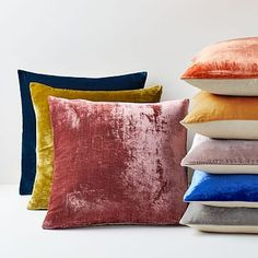 Shop west elm for modern throw pillows and decorative pillows. Add dimension and a touch of style to your sofa, chairs or bed. Velvet Duvet, Velvet Cushions, West Elm, Cricut, Pink Grapefruit, Custom Rugs, Cotton Bedding, Decorative Pillow Covers, Decorative Trays