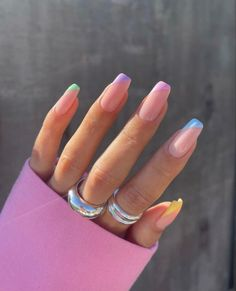 It's #summer time and you need to do your nails differently, well in sync with the season. And if you are a fan of nail art or just simply love doing #     nails differently every time, then we have got a few ideas for you. These ideas are simple which can be done easily at home without creating much fuss.  #Threads Frensh Nails, Cute Gel Nails, Chic Nails, Funky Nails, Neon Nails, Stylish Nails, Swag Nails, Summer Nails Neon, Summer French Nails