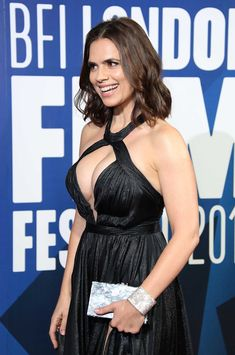 English-born British-American actress (Conviction Hayley Atwell sexy shows off a deep cleavage at the BFI London Film Festival in London Hayley Elizabeth Atwell, Hayley Atwell, Beautiful Celebrities, Beautiful Actresses, London Film Festival, London Films, Female Actresses, Sexy Hot Girls, Celebs