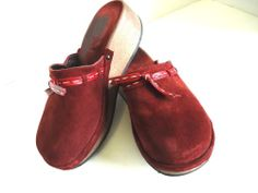 J CREW Shoes ITALY Burgundy SUEDE Mules Clogs Wooden Heels WOMENS Size 8 #JCrew #MulesHeels