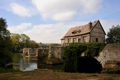 The Lucky Old Mill of Vernon and its Less Fortunate Bridges ~ Kuriositas