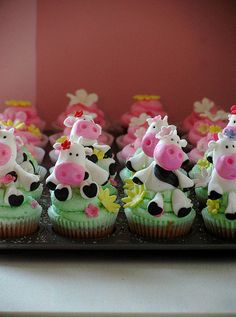 Cow Cupcakes (almost finished) by kylie lambert (Le Cupcake), via Flickr