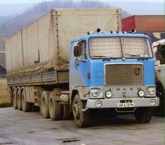 Old Lorries, Road Train, Volvo Trucks, Trucks And Girls, Heavy Truck, Transporter, Road King, Road Transport, Vintage Trucks