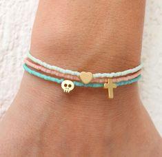 Tiny Charm Bracelets - Beaded Bracelets with charm - Pastel Bracelets - Tiny Skull Bracelet - Tiny Heart - Tiny Cross - Tiny Star This listing Dainty Bracelets, Ankle Bracelets, Handmade Bracelets, Beaded Bracelets, Charm Bracelets, Skull Bracelet, Bracelet Crafts, Cute Jewelry, Beaded Jewelry