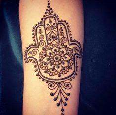 Hand of fatima by Divine Henna