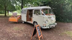 Hire Pearl for your wedding car in Hampshire, Wiltshire and Dorset 💜 Wedding Hire, Wedding Blog, Hampshire, Vw Camper, East Sussex, Bay Window, Surrey, Car Ins, Vans