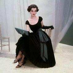 Nan Rees in dress by Rappi, September 1952