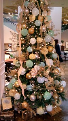 Mint and gold christmas tree for the beach house