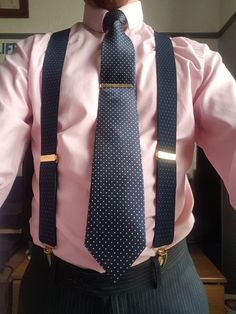 Suspenders Outfit, Blush Outfit, Mens Braces, Classy Men, Formal Wear, Mens Suits, Mens Fashion, Style Fashion, Work Wear