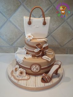 'O'bag - Cake by Sheila Laura Gallo 40th Birthday Cakes, Birthday Cakes For Women, Girly Cakes, Fancy Cakes, Pink Cakes, Fondant Cakes, Cupcake Cakes, Fondant Bow, Fondant Tutorial