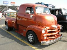 1955 Series 1 Chevy C. (ditch the box) Period correct or flatbed WORKS ! Vieux Pick-up Chevrolet, Chevrolet Trucks, Gmc Trucks, Cool Trucks, Custom Cars, Custom Trucks, Pick Up, Classic Pickup Trucks, Cab Over