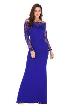 886f456a3848b Платье романтичного дизайна декорировано изящным кружевом по верху изделия.  Модель приталенного кроя с длинным рукавом