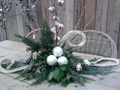 Bekijk de foto van annelies51 met als titel een leuk kerstbloemstuk.om te maken en andere inspirerende plaatjes op Welke.nl.