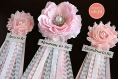 Be the center of your Shower with this Classy and Elegant Flower Pink and Gray Chevron Corsage! ♥ This listing is for one Pink Baby Shower Corsage.  ♥ Size: From top of flower to bottom of ribbons the corsage measures 10 x 4  **Please choose the wording of your preference. Or add custom for a personalized tag and leave me a note at checkout!  ♥ Find the MATCHING SASH to this beautiful corsage…