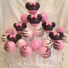 24 Minnie Mouse cake pop Assortment, Red Minnie or Pink Minnie Mouse. Minnie Maus Cake Pops, Minnie Mouse Birthday Cakes, Minnie Mouse Theme, Minnie Mouse Baby Shower, Pink Minnie, Mini Mouse Cake Pops, Minnie Mouse Cookies, Baby Shower Cake Pops, 2nd Birthday Parties