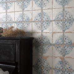 Portugese tegels type FS Artisan Decor-A Wall And Floor Tiles, Wall Tiles, Vintage Tile, Retro Vintage, Ceramic Tile Floor Bathroom, Kitchen Tiles, Tiled Hallway, Pink Tiles, Hallway Designs