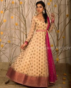 Dress made out of saree Long Dress made out of Saree I have already made a post to reuse and revive your old Kanjeevaram sarees in different ways. you can read the post Reu… Lehenga Saree Design, Lehenga Designs, Designer Anarkali Dresses, Designer Dresses, Designer Wear, Long Gown Dress, Long Dresses, Frock Dress, Long Dress Design