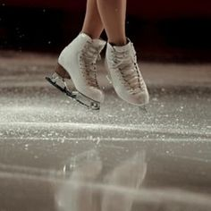 Ice flies away from the skates of Mao Asada of Japan as she performs during the exhibition of the athletes in the 2016 ISU World Figure Skating Championships at the TD Garden in Boston, Massachusetts, USA 03 April (Japón, Estados Unidos) EFE/EPA/CJ G Ice Skating Quotes, Figure Skating Quotes, Figure Skating Outfits, Ice Skating Pictures, Aesthetic Couple, Ice Skating Party, Skating Rink, Figure Ice Skates, Ice Skaters