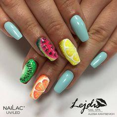 I wracamy do naszych owoce inspiracji Błękit to #027 #nailac #nailacuv #nails #nailoftheday #nailstagram #nails2inspire…