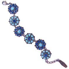 Noite Eterna Pandora Charms, Belly Button Rings, Charmed, Bracelets, Jewelry, Night, Bangles, Winter Time, Jewlery