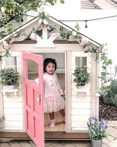 Toddler Gifts, Gifts For Kids, Modern Kids Toys, Wendy House, Diy Playhouse, Montessori Toys, Cubbies, Porch Swing, Play Houses