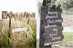 Rengeteg izgalmas esküvői kellékkel színesíthetjük életünk nagy napját, és rendkívül hangulatosak és egyediek ezek közül, az esküvői táblák.  #esküvőitáblák Love Songs