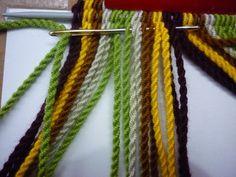 Mochila Crochet, Macrame Purse, Dorset Buttons, Knitted Headband, Cable Knit, Jewerly, Weaving, Embroidery, Knitting