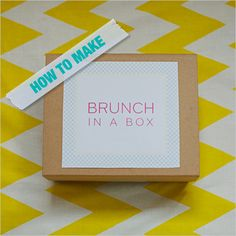Give your wedding guests a brunch in a box as a favour. What a gift for guests, especially the ones traveling from out of town.