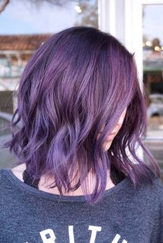 This is amazing. when i see all these wavy hairstyles for medium length hair it always makes me jealous i wish i could do something like that I absolutely love this wavy hair style so pretty! Perfect for summer!!!!!
