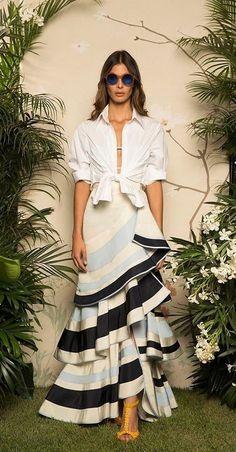 Get inspired and discover Johanna Ortiz trunkshow! Shop the latest Johanna Ortiz collection at Moda Operandi. Look Fashion, Skirt Fashion, Fashion Show, Fashion Dresses, Fashion Design, Fashion Quiz, 90s Fashion, Vintage Fashion, Skirt Outfits