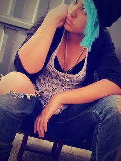 CHLOE PRICE - Cosplay | Life Is Strange (@irisjovem) . ☑PHOTO: @irisjovem . 👍 facebook.com/IrisJovem 💻 irisjovem.blogspot.com.br 📷 instagram.com/irisjovem . #ChloePrice #LifeIsStrange #Chloe #ChloeCosplay #ChloePriceCosplay #LifeIsStrangeCosplay #Gun #BlueHair #Game #GameCosplay #Cosplay #CosplayBR #Cosplayer #Cosplayers #Cosplayers #Geek #GeekGirl #GirlPower #CosplayGirl #FemaleCosplay #CosplayersOfInstagram #CosplayersOfPinterest
