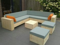New Wood Patio Decor Diy Pallet Ideas Pallet Furniture For Outside, Outdoor Furniture Bench, Diy Furniture Plans, Patio Furniture Sets, Garden Furniture, Wooden Pallet Furniture, Luxury Furniture, Wooden Patios, Diy Pallet Sofa