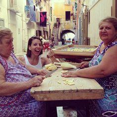 Dancing her way back to her Italian roots - Italian-American dancer Mickela Mallozzi enjoys time with the locals in Minturno (Lazio)