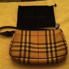 """reduced"" Burberry Pochette An authentic Burberry Pochette Zip-top Handbag. Burberry Bags"