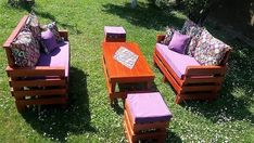 Wooden Pallet Furniture Presenting another wonderful wooden pallets project for your outdoor.