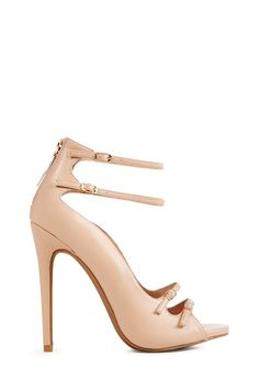 The Marceliana is a unique heel with its wavy structure and double front and ankle buckles.