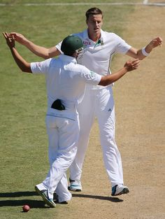 Morne Morkel was rewarded with a wicket for his consistency, South Africa v Australia, 2nd Test, Port Elizabeth, 3rd day, February 22, 2014