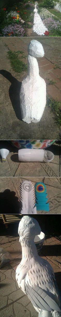 Белый павлин из пластиковых бутылок.Мастер класс.