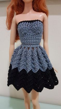 Barbie Strapless Chevron Dress (Free Crochet Pattern) http://hubpages.com/art/Barbie-Strapless-Chevron-Dress-Free-Crochet-Pattern
