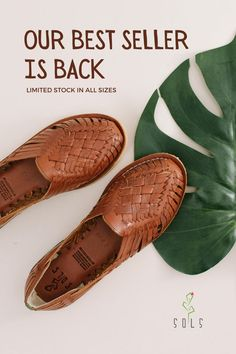 Our best seller for years! The shoe for every look with all the comfort. Our long-lasting leather shoes are a must have for summer Sock Shoes, Cute Shoes, Me Too Shoes, Shoe Boots, Flat Shoes, Leather Accessories, Leather Sandals, Travel Clothesline, Brown Leather